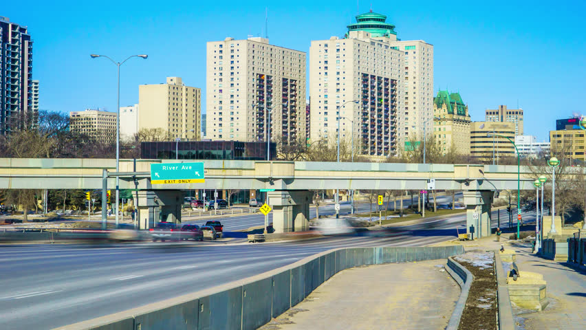 Streets and Traffic in Winnipeg image - Free stock photo