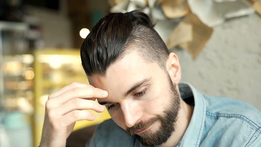 「man worried handsome」的圖片搜尋結果