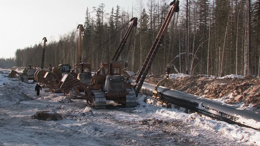 construction of oil pipeline