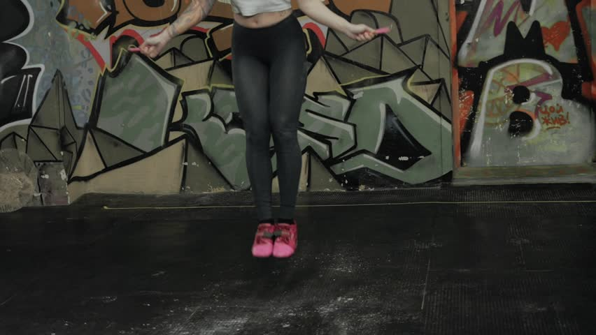 Hd0017beautiful Sporty Woman Workout With Jumping Rope In Crossfit Gym Sexy Girl Athlete Jump