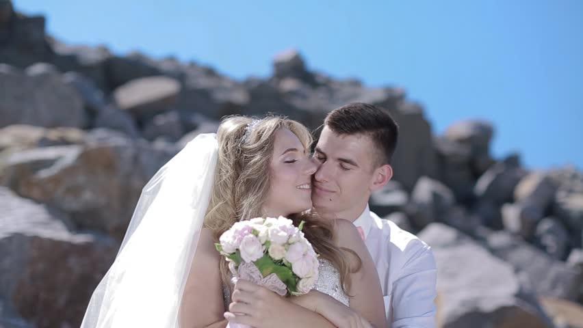 Видео четыре невесты фото 540-876