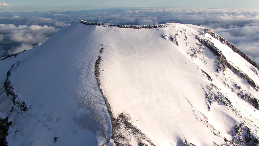 Flight over the South Sister in Oregon Cascades