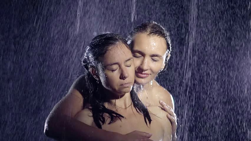 Two naked lesbians Gia Steel and Khole Kush take a shower together № 416771 без смс