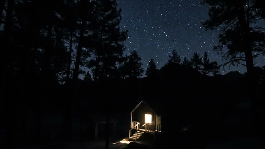 Time lapse of house on the woods under the night stars #2911132