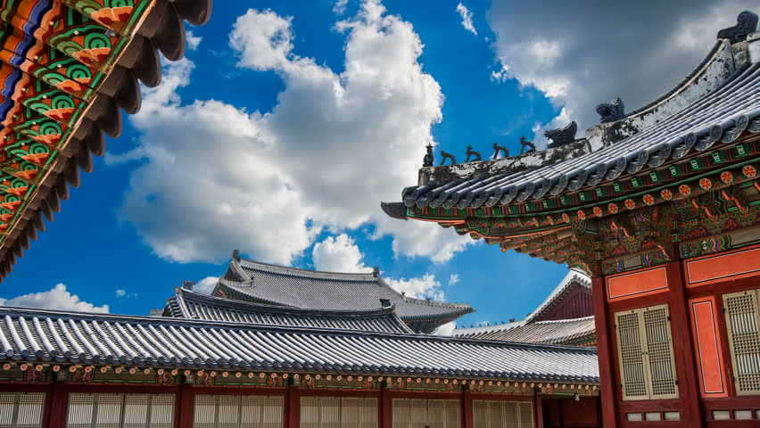 Timelapse of Gyeongbokgung place and clouds sky