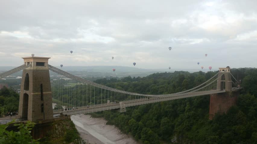 Bristol Balloon Fiesta 2017, hot air balloons over Clifton Suspension Bridge