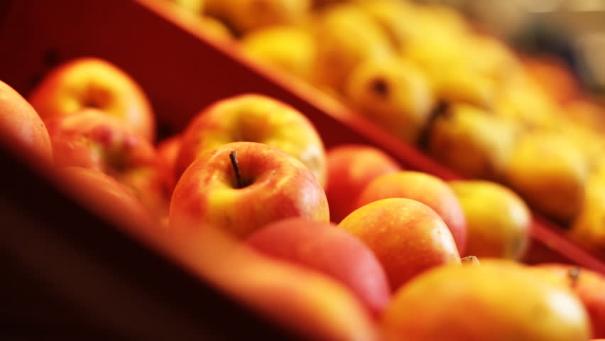 Choosing and buying apples at the store | Shutterstock HD Video #3286859