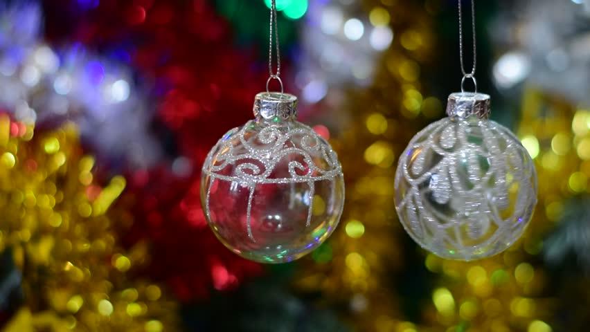 hd0024glowing christmas balls on the tree - Large Christmas Balls