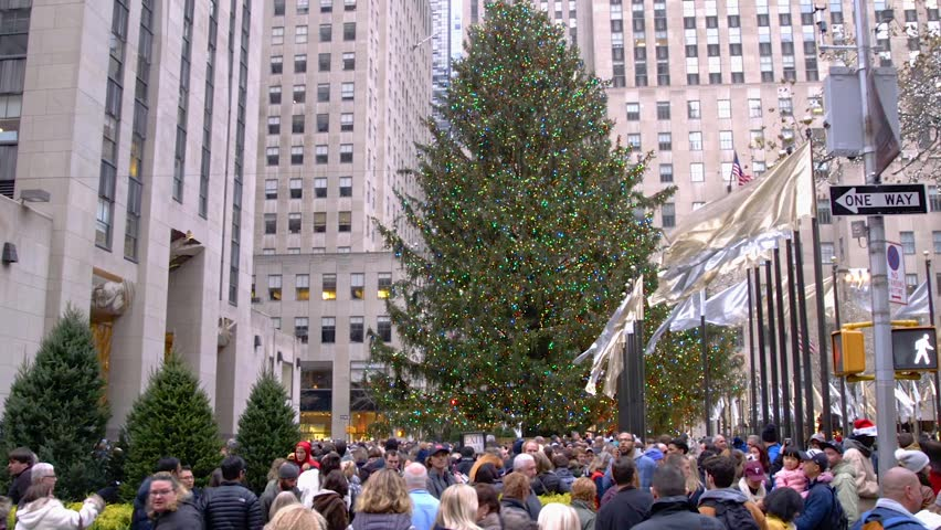 NEW YORK - DECEMBER 3: Video of The Christmas Tree in Rockefeller Center With Large Groups Of Tourists New York City on December 3, 2017 in New York City.