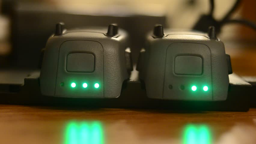 6d75992b72b DJI Spark Charge and Green Lights with Reflection