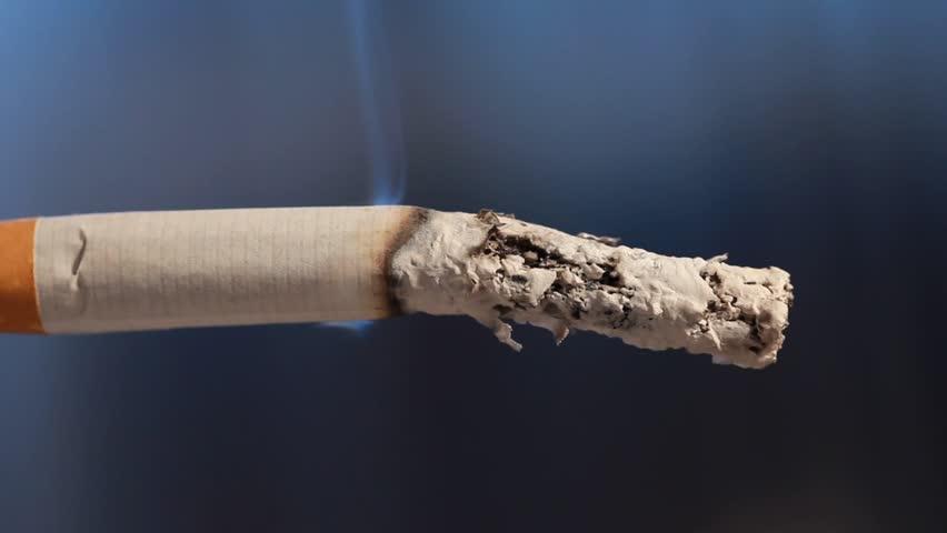 Табакокурение видео