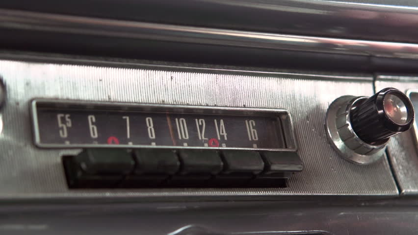 Adjusting classic car stereo