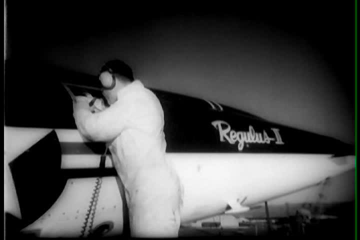 Header of regulus