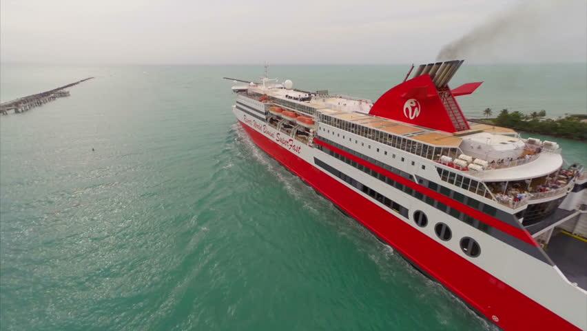 MIAMI CIRCA Aerial Video Of The Resorts World Bimini - Bimini superfast cruise ship