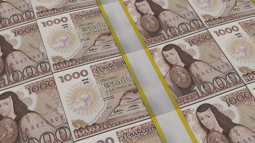 Stacks of 100 Mexican pesos panning, cgi effect
