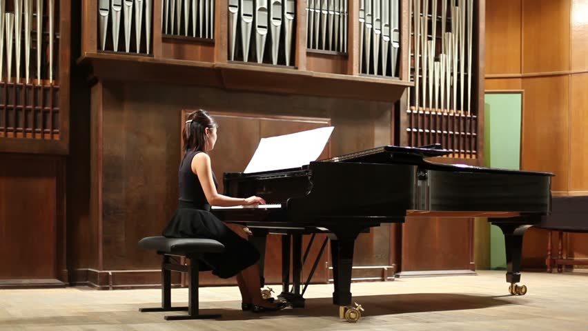 how to play gypsy woman on piano