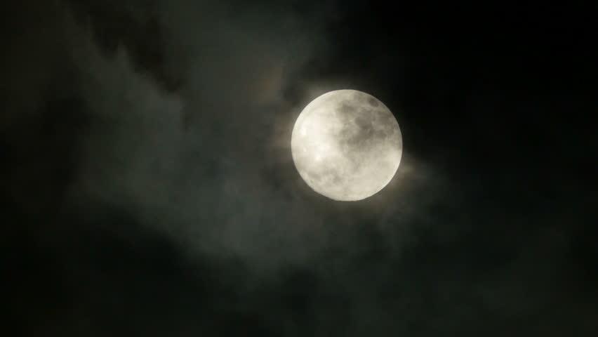 full moon. night sky. moonlight. clouds. darkness. spooky scary. mystic mystery.  3840x2160. 4k