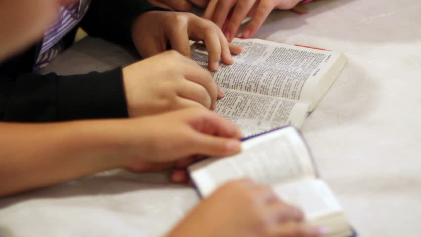 The Children Read The Bible 10