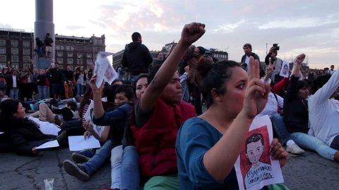 Mexico City 08nov14 medium Shot-handheld Shot  Stock Footage