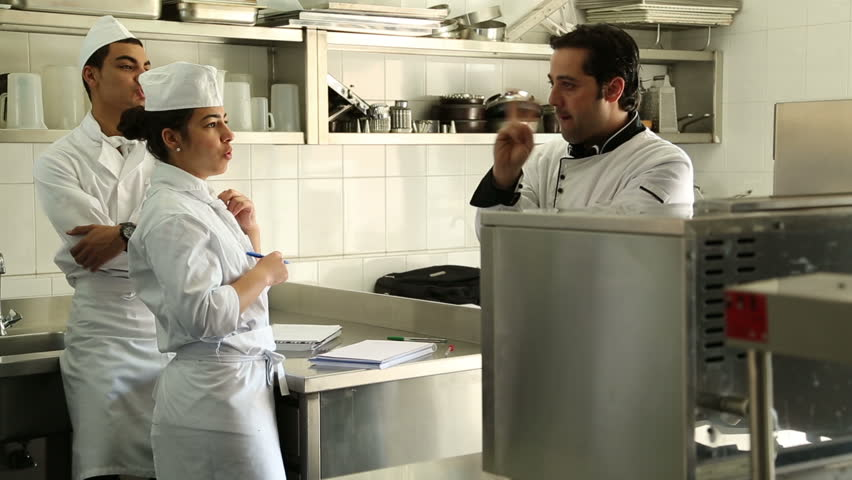 lebanese university lebanon 2014 chef gives cooking classroom the lebanese university is - How To Get Hired After Being Fired Or In Downtimes