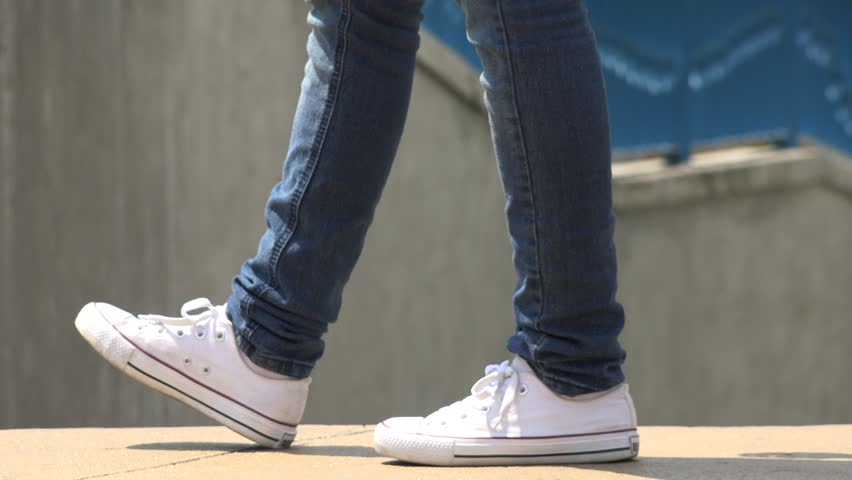 girls shoes feet walking footwear stockvideos filmmaterial 100