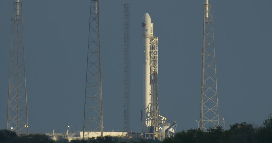 cape canaveral air force station fl february 10 spacex attempts to launch the