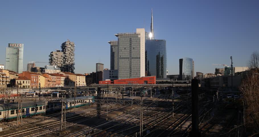 Milan Skyline Timelapse Teaser - YouTube