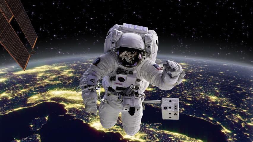 astronaut behind - photo #20
