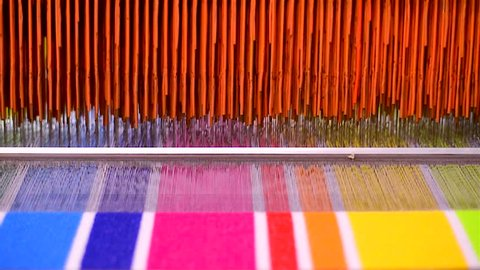 Manufactures industrial textiles - Automatic weavers